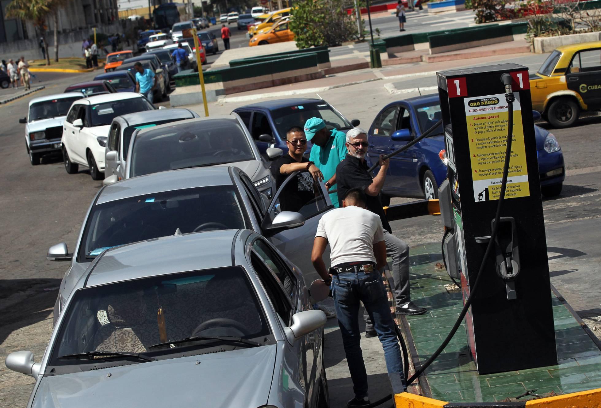 Capitalismo en Cuba, privatizaciones, economía estatal, inversiones de capital internacional. - Página 8 1490996968_442718_1490997371_noticia_normal_recorte1