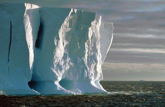 Antártida: El ritmo del deshielo se triplica en 30 años. [Calentamiento. Clima. cambio climático] 1337109052_540710_1337153308_noticia_normal