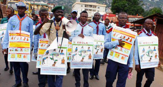 Virus Ébola, miles de personas muertas en África: Guinea, Liberia, Sierra Leona, Nigeria, Mali, República Democrática del Congo... - Página 2 1408956397_490130_1408956988_noticia_normal