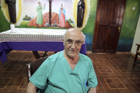 MUERE EL RELIGIOSO MANUEL GARCIA VIEJO, INFECTADO POR EL EBOLA ... 1411661616_245006_1411662338_noticia_normal