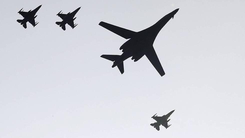 Movimientos militares, tendencias a la guerra imperialista mundial. - Página 11 1473749691_640113_1473760334_noticia_fotograma