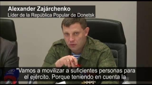 Ucrania destituye al presidente Yanukovich. Rusia anexa la Peninsula de Crimea, separatistas armados atacan en el Este. - Página 17 1422875777_014359_40994800_fotograma_1