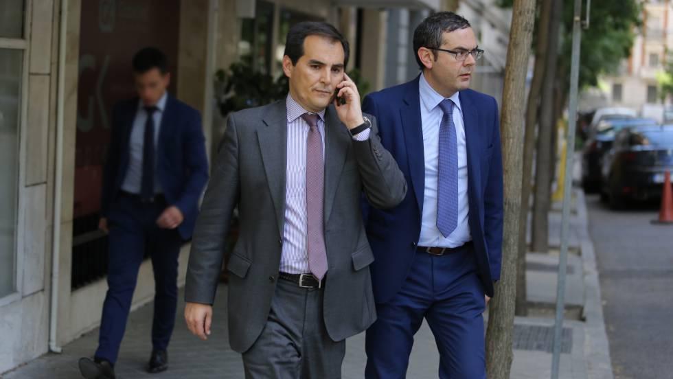 Todos los que detuvieron a Ignacio González. 1494332610_477112_1494354793_noticia_fotograma