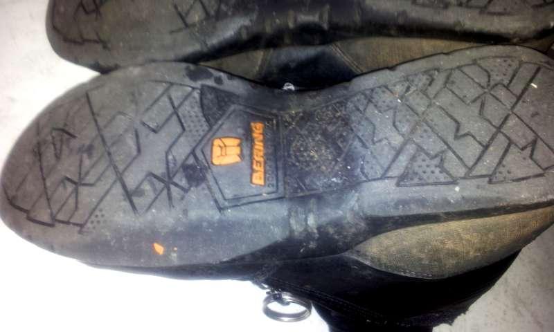 Choix d'une paire de chaussure de moto - Page 2 Chauss2
