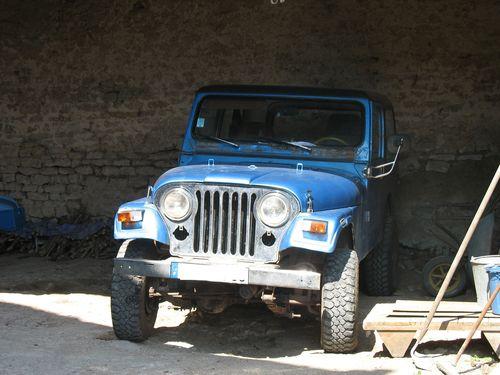 Nouvelle Jeep et nouveau membre Cj7%20%281%29