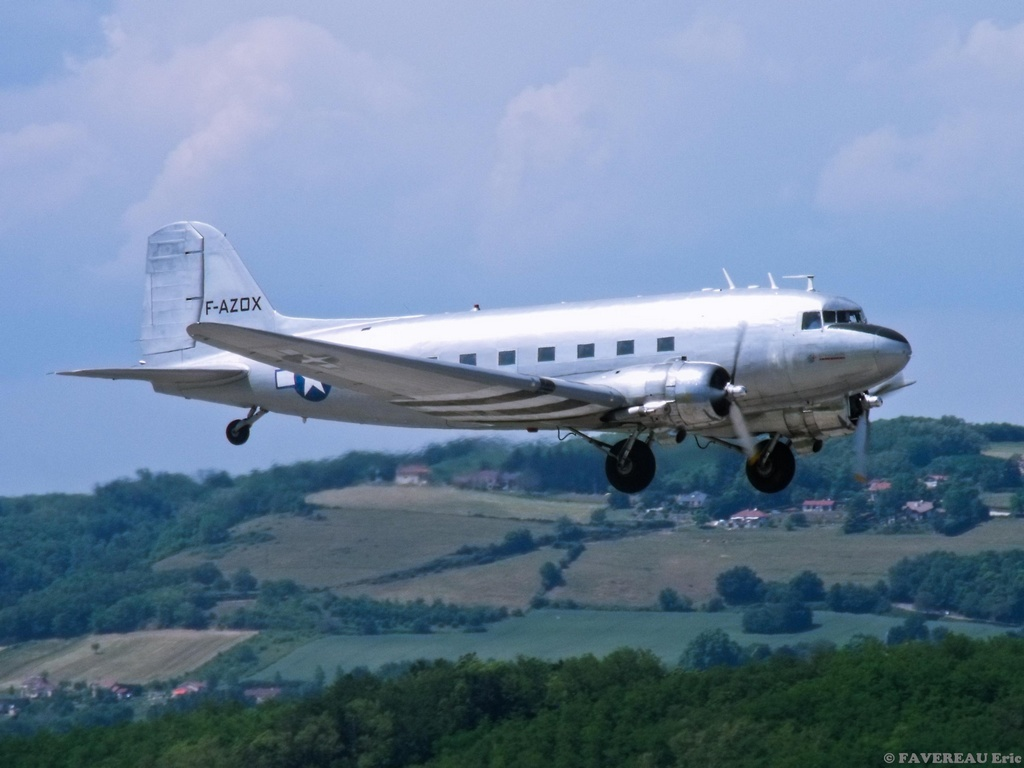 Meeting Aérien des 70 ans de l'EPA à Grenoble le 22 Mai ! Dakto