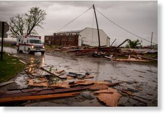 TORNADO  IMPACTANTE Oklahoma, Iowa Tornados_en_Oklahoma