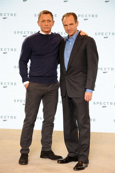 ¿Cuánto mide Liam Neeson? - Altura - Real height - Página 2 294771