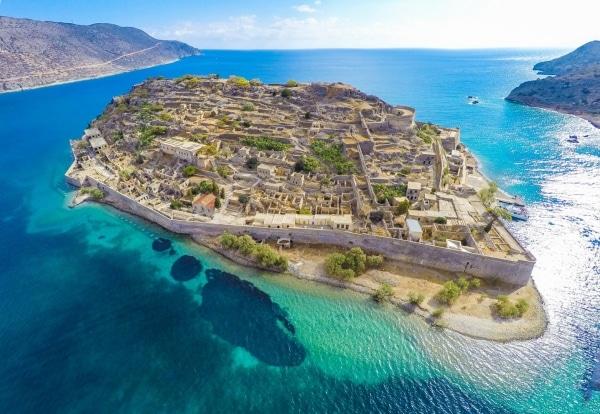 Grecia y sus islas, contadme algo, venga Spinalonga-en-grecia-1