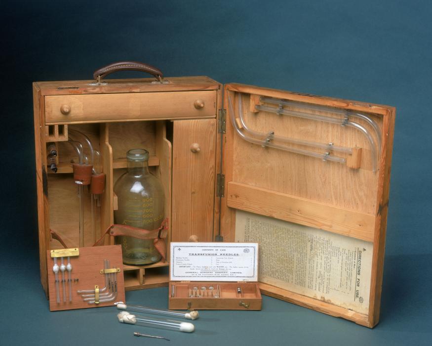 Los avances científicos en la Gran Guerra (fotos) Thumbs_blood-transfusion-apparatus