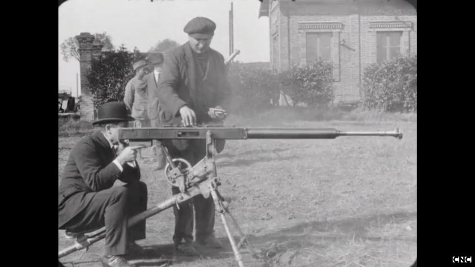 Los avances científicos en la Gran Guerra (fotos) Thumbs_mitrailleuse-contre-tank2-cnc