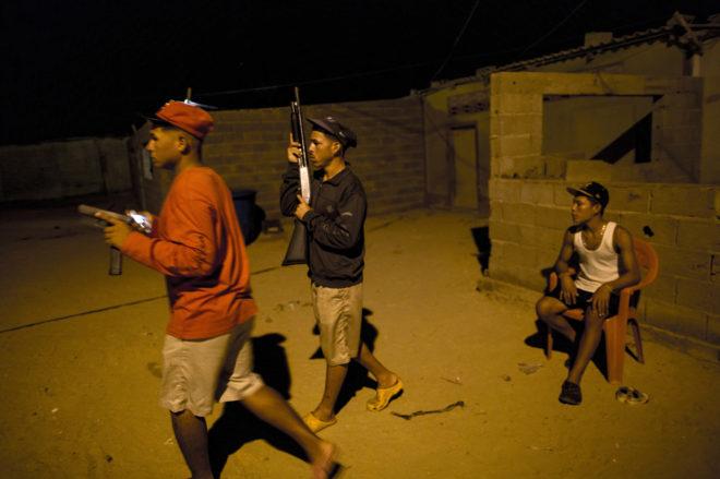 Crisis de inseguridad en Venezuela. (sálvese quien pueda) - Página 22 14848444888070