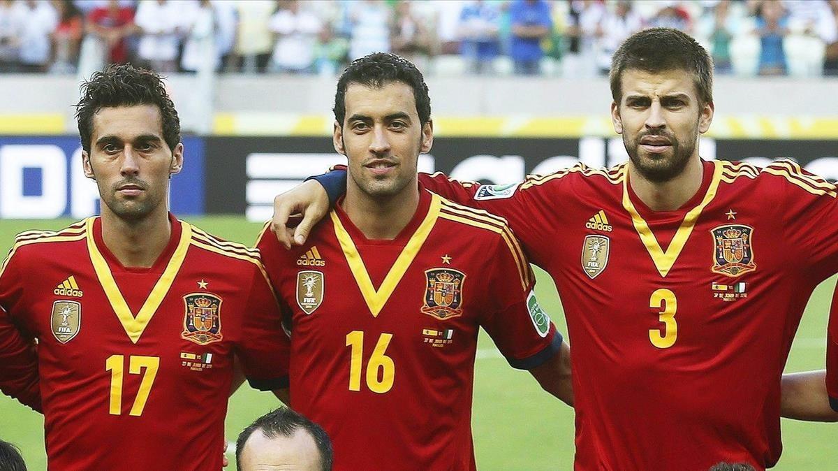 ¿Cuánto mide Sergio Busquets? - Real height 1507193561336