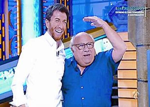 ¿Cuánto mide Danny Devito? - Altura - Real height Motos-midio-con-danny-devito-hormiguero-a-3-1331414240796
