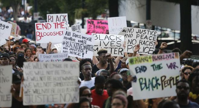 EEUU, luchas, malestar, represión, respuestas antipoliciales. Policia-detiene-varias-personas-protestas-contra-violencia-racial-1468088616437