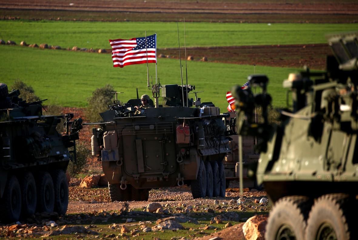 Siria. Imperialismos y  fuerzas capitalistas actuantes. Raíces de la situación. [2] Convoy-tanques-con-bande-eeuu-circulan-las-afueras-ciudad-manbij-norte-siria-1488815976857