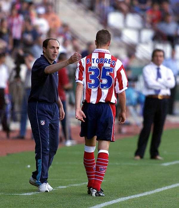 ¿Cuánto mide Fernando Torres? - Real height 1419956356_extras_mosaico_noticia_1_g_0