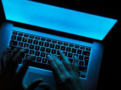 8 pasos para prevenir un ciberataque Hacker_0