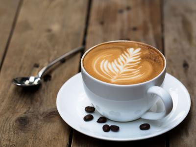 ¿Cómo se hace el café descafeinado? Cafe