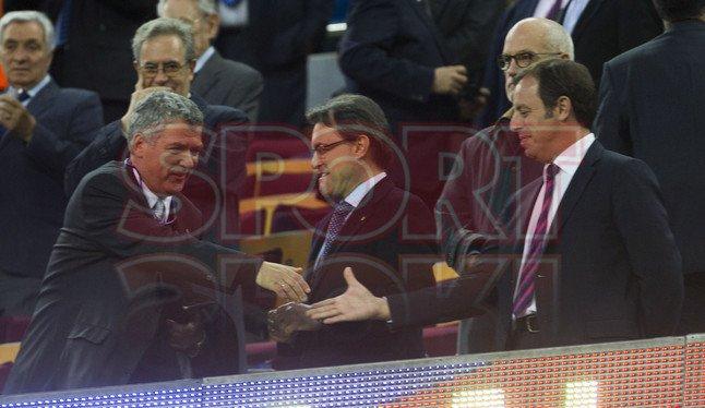 صور مباراة برشلونة - بلد الوليد 2-1 ( 19-05-2013 ) 1368998274700