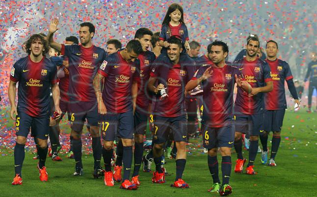 صور احتفالات برشلونة بلقب الليغا الاسبانية في ملعب الكامب نو  19-05-2013 1369005868440