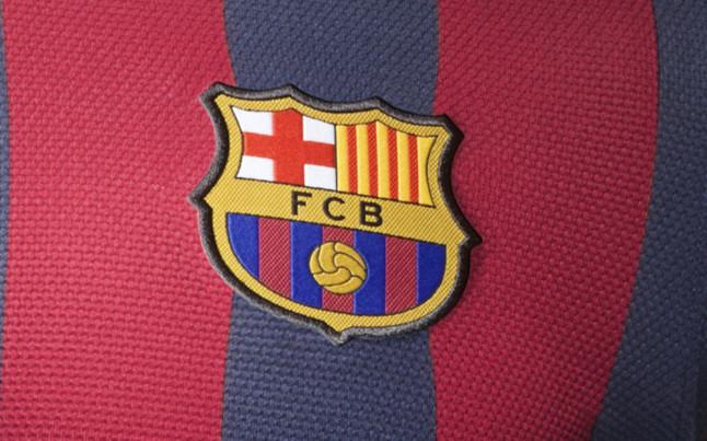 بالصور طقم قميص برشلونة  لموسم 2013-2014 1369123627111