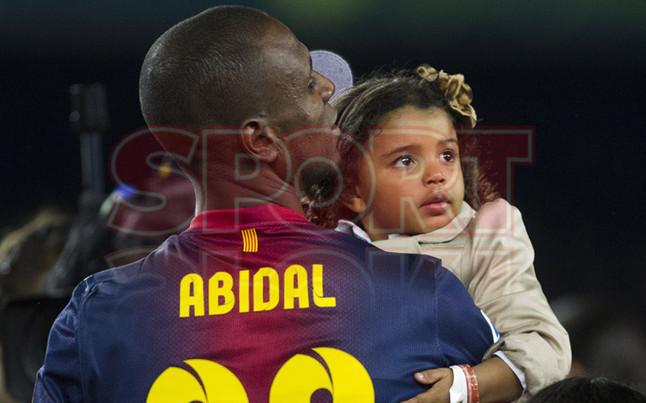 صور احتفالات برشلونة بلقب الليغا الاسبانية في ملعب الكامب نو  19-05-2013 1369005868371