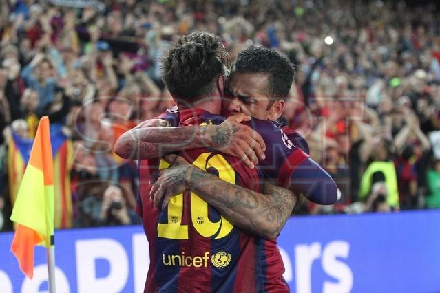صور : مباراة برشلونة - بايرن ميونيخ  3-0 ( 06-05-2015 )  1430949383891