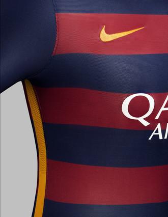 رسمياً : برشلونة يكشف عن قميصه الجديد لموسم 2015-2016 1432456688822