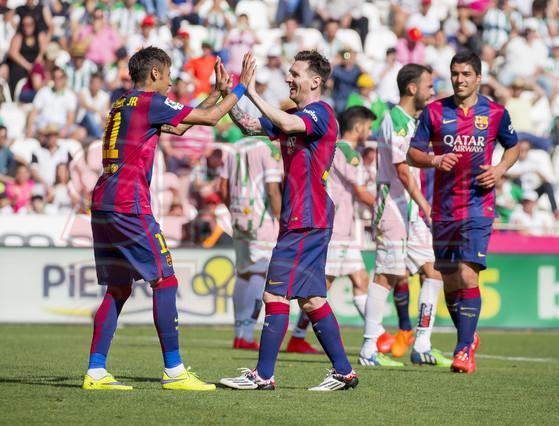 صور : مباراة قرطبة - برشلونة  0-8 ( 02-05-2015 )  1430583535642