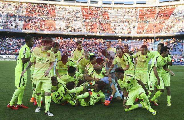 صور : مباراة أتليتيكو مدريد - برشلونة 0-1 ( 17-05-2015 )  1431890637453