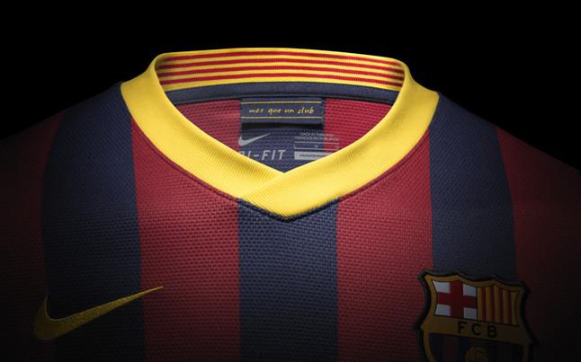 بالصور طقم قميص برشلونة  لموسم 2013-2014 1369123627024