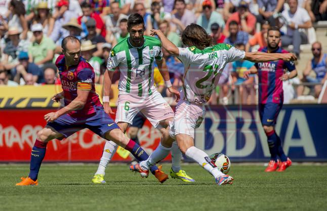 صور : مباراة قرطبة - برشلونة  0-8 ( 02-05-2015 )  1430583415624