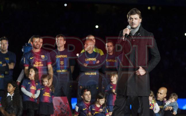 صور احتفالات برشلونة بلقب الليغا الاسبانية في ملعب الكامب نو  19-05-2013 1369005751034