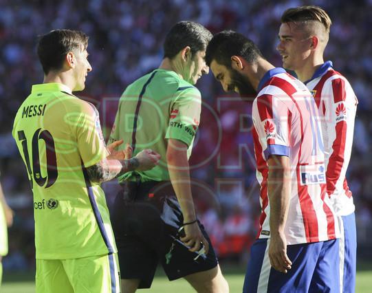 صور : مباراة أتليتيكو مدريد - برشلونة 0-1 ( 17-05-2015 )  1431890634954