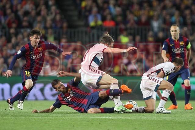 صور : مباراة برشلونة - بايرن ميونيخ  3-0 ( 06-05-2015 )  1430949388474