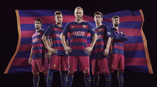 رسمياً : برشلونة يكشف عن قميصه الجديد لموسم 2015-2016 1432456628445