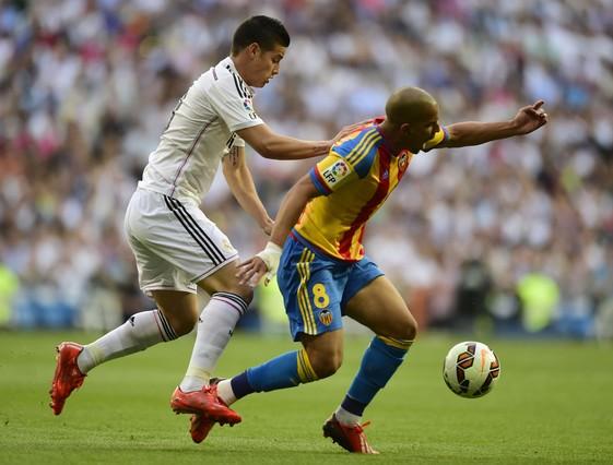 صور : مباراة فالنسيا - ريال مدريد 2-2 ( 09-05-2015 )  1431202944595