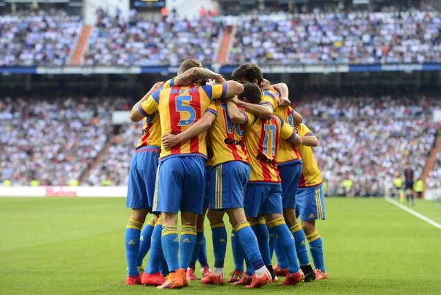 صور : مباراة فالنسيا - ريال مدريد 2-2 ( 09-05-2015 )  1431202944626