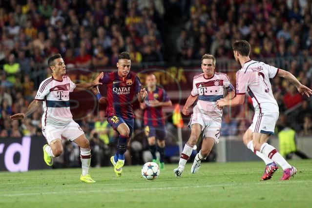 صور : مباراة برشلونة - بايرن ميونيخ  3-0 ( 06-05-2015 )  1430949385547