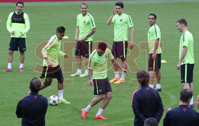 تدريبات برشلونة في أليانز أرينا Entreno-barcelona-munich-1431370116977
