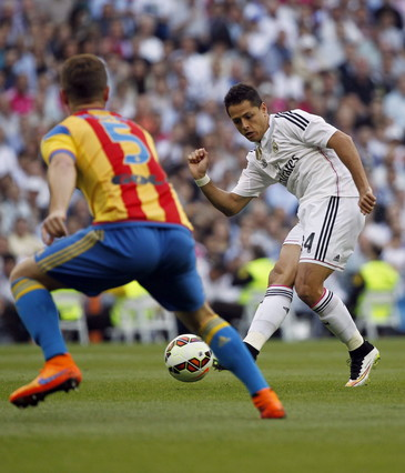 صور : مباراة فالنسيا - ريال مدريد 2-2 ( 09-05-2015 )  1431202949948
