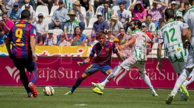 صور : مباراة قرطبة - برشلونة  0-8 ( 02-05-2015 )  1430583415569