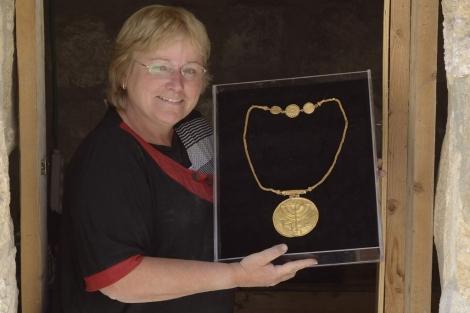 Hallan un tesoro de hace 1.400 años en Jerusalén 1378735303_0