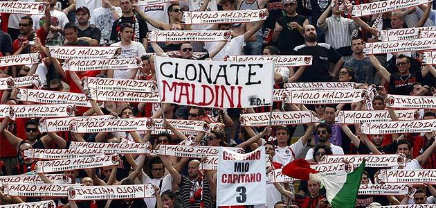 Se retira el centrar ejemplar, Paolo Maldini 1243173516_extras_noticia_foton_7_0