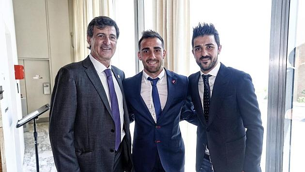 ¿Cuánto mide Paco Alcácer? - Altura - Real height 1432716678_extras_noticia_foton_7_1