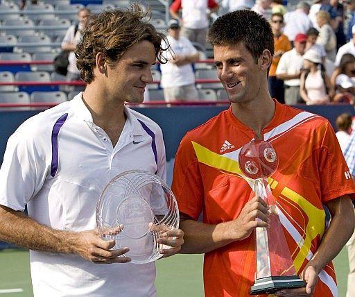Novak Djokovic y Federer 80a32bcc40d3fb2e336fee1c73742696_extras_albumes_0
