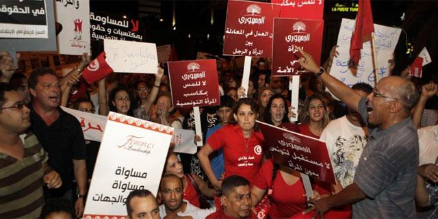 Túnez. Democracia e islamismo a golpe de talonario 1344912864_0