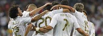 ريال مدريد بفارق نقطيتين عن البارسا لأول مرة من استلم غوارديولا تدريب النادي الكتلوني 1315734268_extras_portada_2