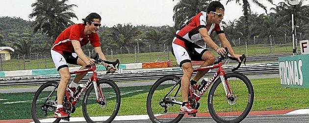 Gran Premio de Malasia 1363868985_extras_noticia_foton_7_1